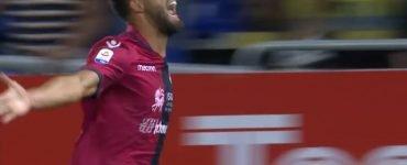 Pavoletti Cagliari Sassuolo 2018 19