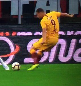 Dzeko In Milan Roma 2018 19 3