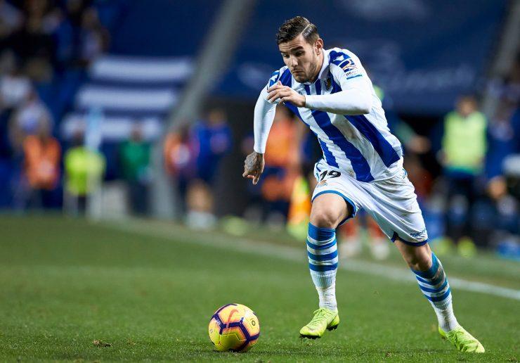 Theo Hernandez Durante Una Gara Di Liga Tra Real Sociedad E Deportivo Alaves