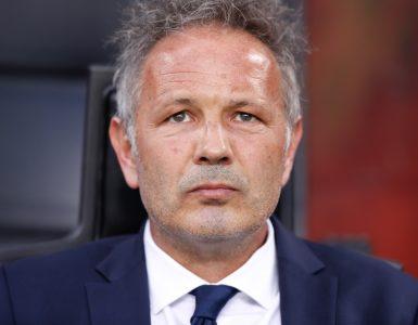 Gara Di Seria A Tra Inter E Bologna Allo Stadio San Siro Di Milano. Sinisa Mihajlovic Allenatore Del Bologna.