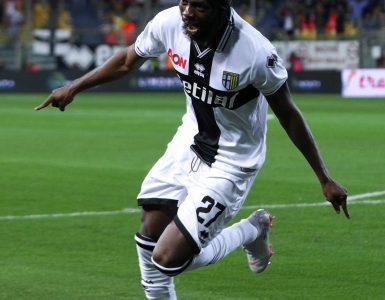 Gara Di Seria A Tra Juventus E Parma Allo Allo Juventus Stadium Di Torino. Gervinho Del Parma In Azione