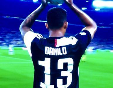 Danilo In Juventus Napoli 2019 20