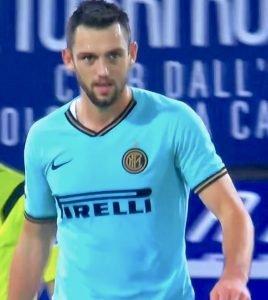 De Vrij In Bologna Inter 2019 20