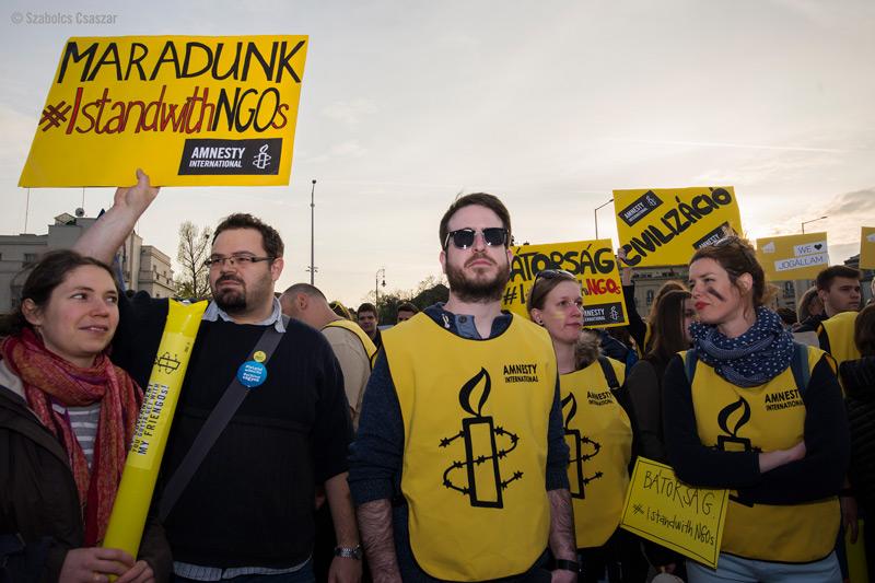 Amnestyn mielenosoitus Unkarissa