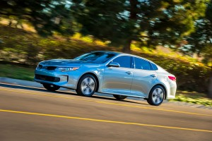 Kia Optima Plug-in Hybrid sivusta