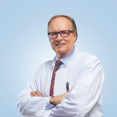 Urologian ylilääkäri Martti Ala-Opas