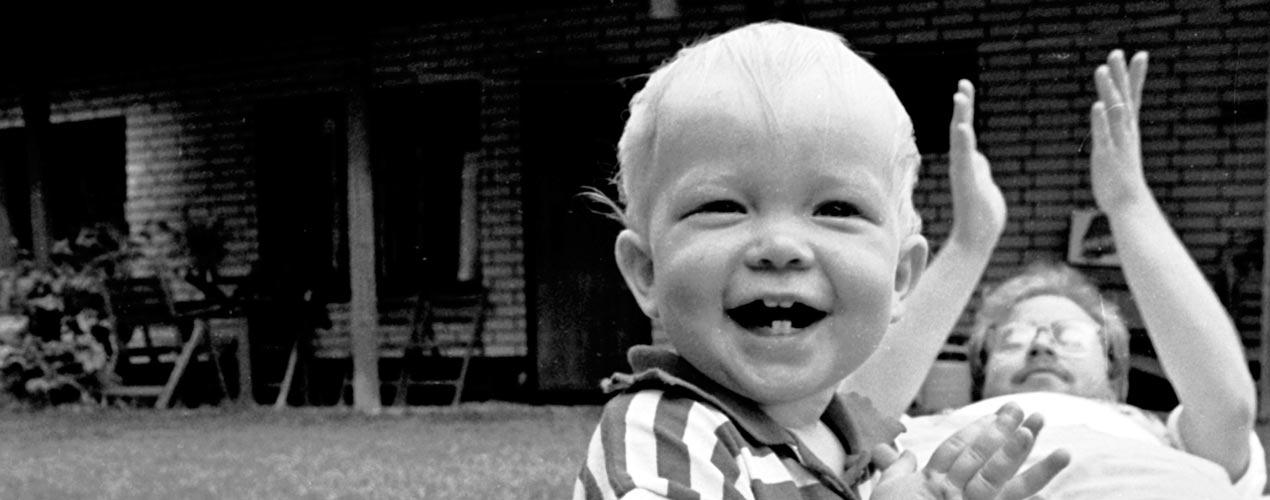 Oikeus lapsuuteen, oikeus vanhemmuuteen