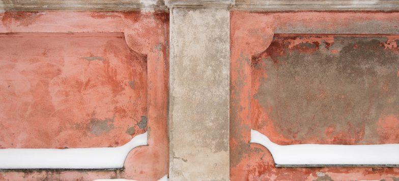 Tyyliteltyä muuria 1800-luvulta