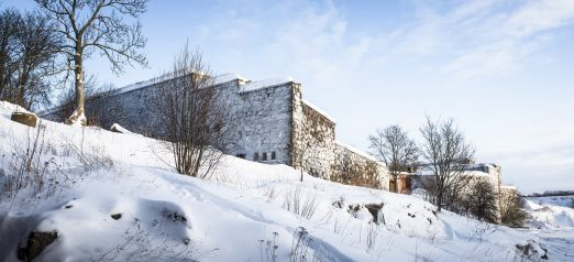 Suomenlinna talvisessaasussa