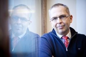 Pääsihteeri Sakari Karjalainen lähikuvassa