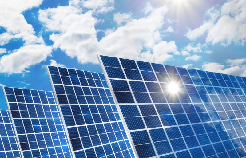 Mostphotos aurinkopaneelit