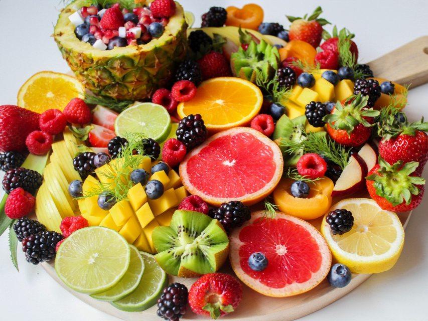 Proprietà frutta e verdura gialla e arancione