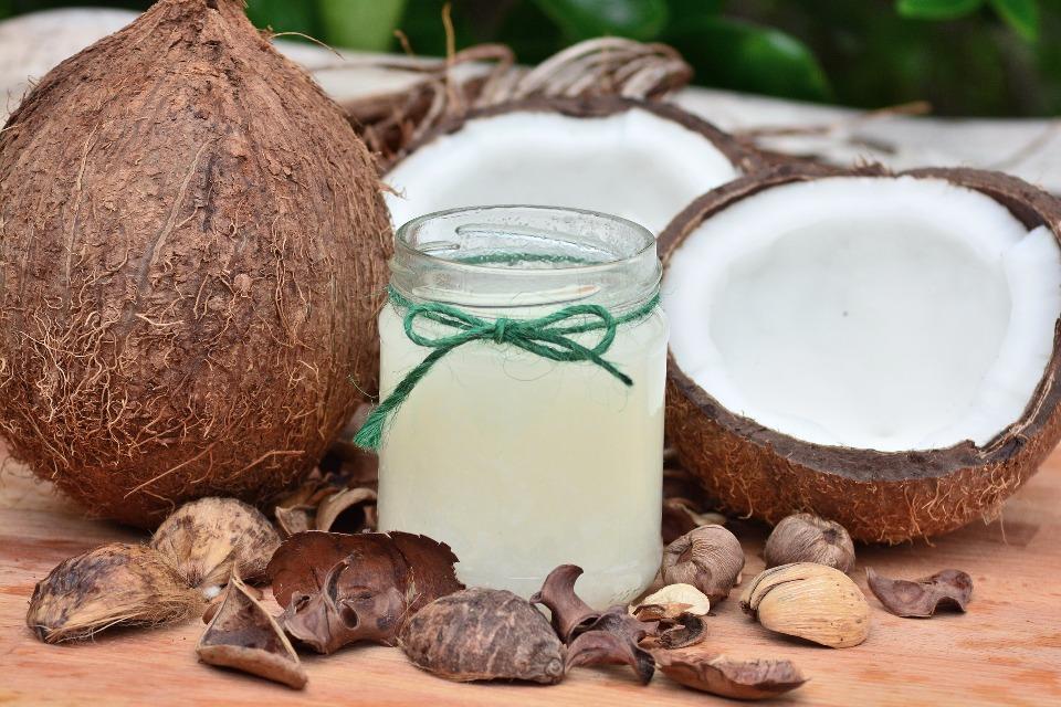 Come fare l'olio di cocco a casa