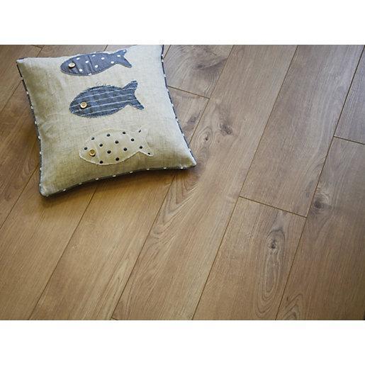Wickes Venezia Oak Laminate Flooring 12mm Rrp 26 14 Packs In