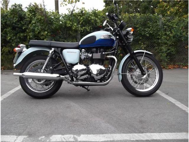 Triumph Bonneville 2010 In Fareham Friday Ad