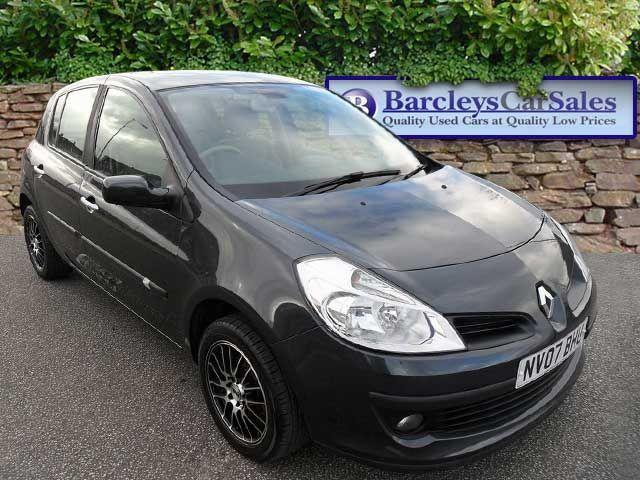 renault clio 2007 in hull friday ad. Black Bedroom Furniture Sets. Home Design Ideas