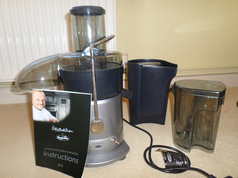 Antony worrall thompson Juicer by Breville in Pulborough