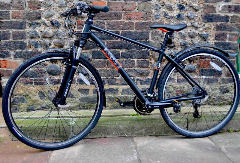 b5fa35c0cf7 Pinnacle Cobalt One 2015 Hybrid Bike in Brighton - Expired