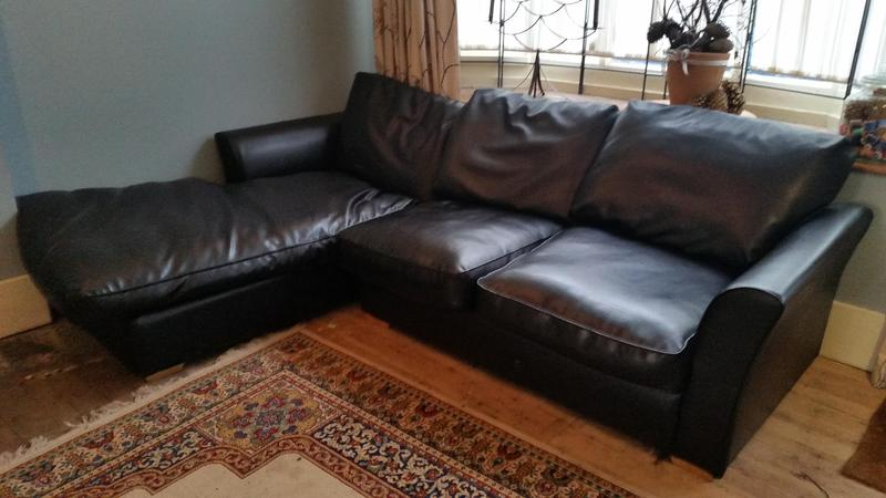 the latest a7fc7 b2c2d Wyvern Black Faux Leather Corner Sofa in Lewes - Expired ...