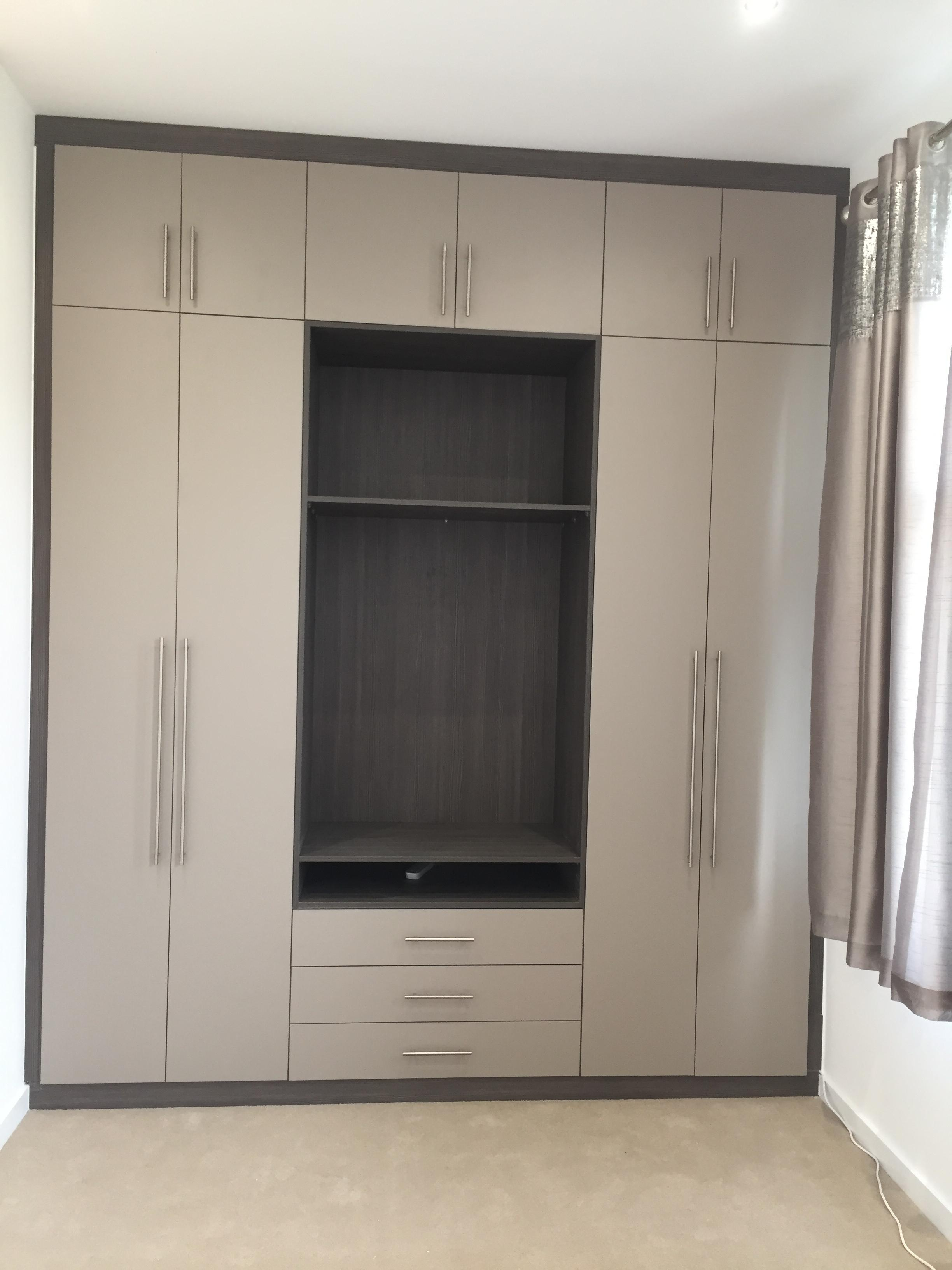 Merveilleux Fitted Bedroom Fitted Kitchens Fitted Wardrobes, Kitchen Fitters, Wardrobe  Fitters, Bespoke Wardrobe In
