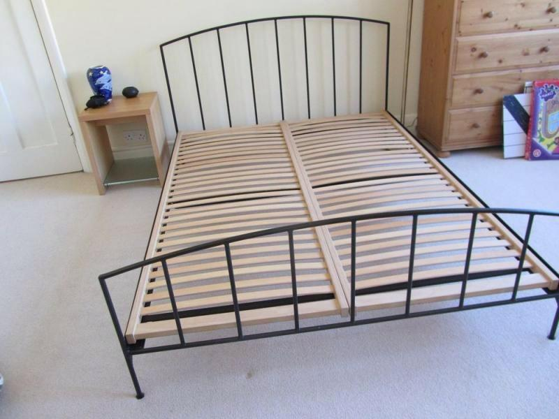 Gorgeous king size habitat metal bed frame. V stylish / Danish ...