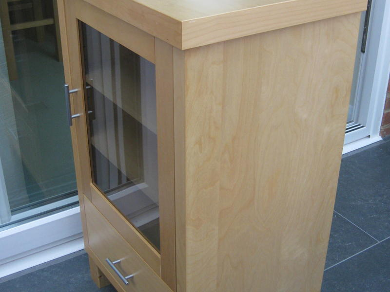 Hifi Cabinetmedia Unit In Light Ash Wood With Glass Door In Good