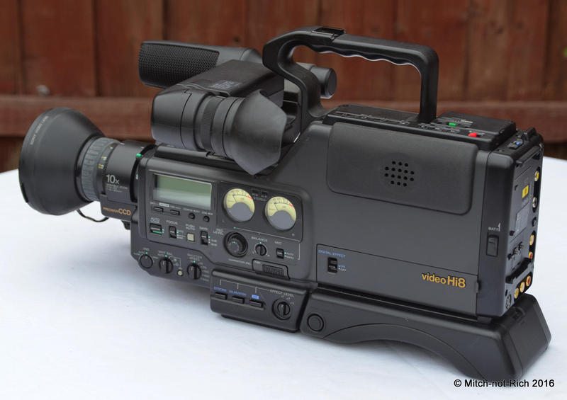 Vintage Sony CCD-V6000E Hi8 camcorder - Not fully workng in