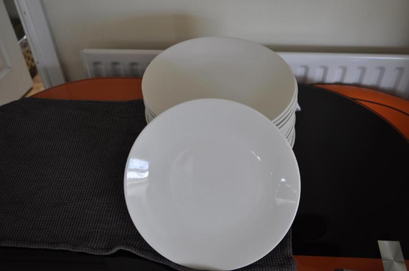 32 Steelite International 12\  white commercial dinner plates in Teignmouth - Expired | Friday-Ad & 32 Steelite International 12\