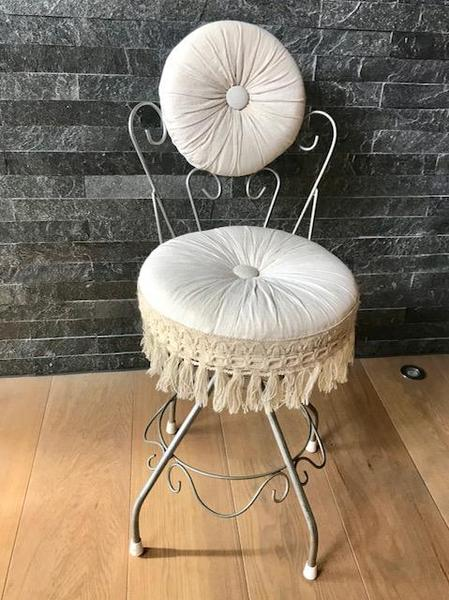 Vintage Retro 1960s French Style Boudoir Bedroom Dressing Table Chair By  Cresta Art, £40 In Lewes   Expired | Friday Ad