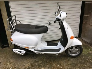 Honda X8r 50cc Scooter Moped 12months Mot In Swindon Sold Friday Ad