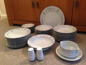 Chinaware for Sale in Horsham | Friday-Ad