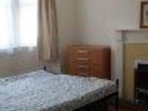 Room to rent in Redoubt area