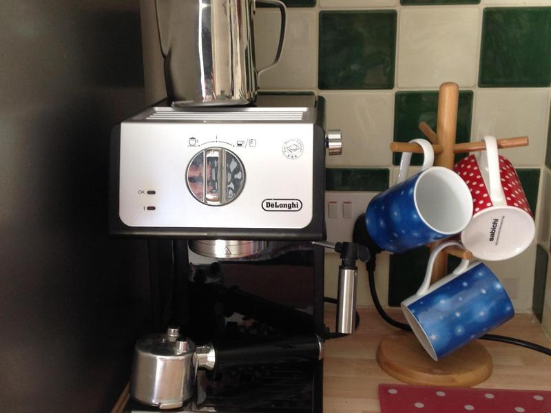 De Longhi Coffee Machine In Lewes Expired Friday Ad