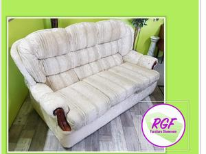 20% OFF SELECTED ITEMS!! White Floral 3 Seater Sofa - Local Delivery £19 in Lancing