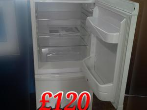 Hoover Fridge Freezer White 555cm medium  in St. Leonards-On-Sea