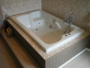 Whirlpool Bath In Horsham