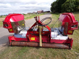 Trimax Stealth S2 340 Tractor Mounted Finishing Mower In Wisbech