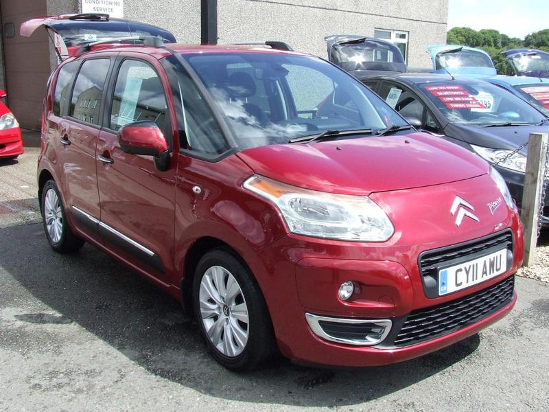 citroen c3 picasso 2011 in st austell friday ad. Black Bedroom Furniture Sets. Home Design Ideas