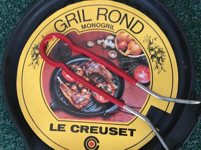 Le Crueset Gril Rond Monogril in Reigate - Expired | Friday-Ad
