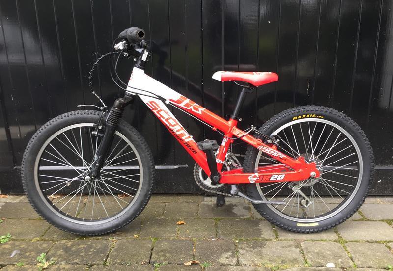 98dce60bb8d Mountain bike. Scott Voltage JR20 in Tunbridge Wells - Expired | Friday-Ad
