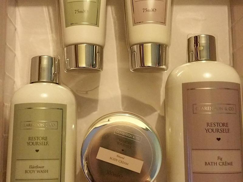Clarendon Co Restore Yourself Large Bath Gift Set In Bexhill On