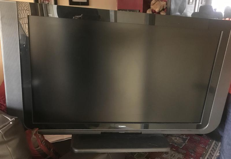 52333583a Technika TV LCD 40' HD ready in Burgess Hill - Sold | Friday-Ad