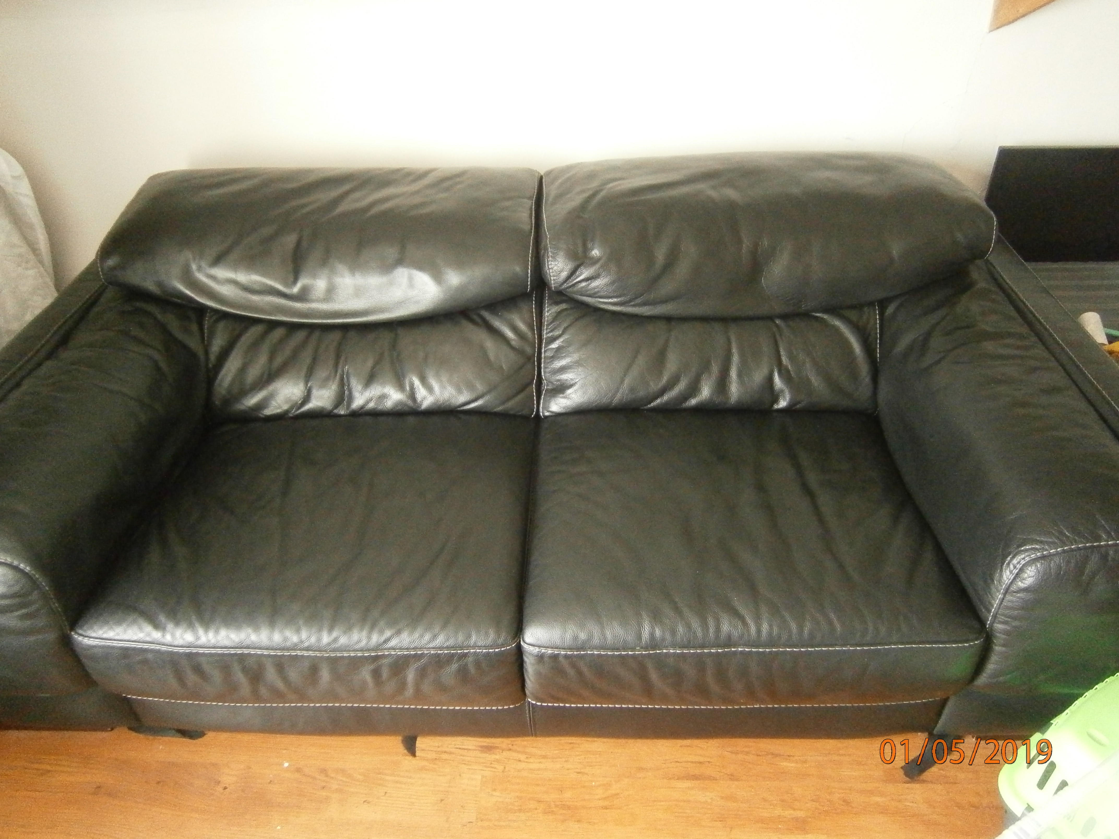 d265157830 Large 2 seater Black Leather Sofa in Brentwood - Expired | Friday-Ad