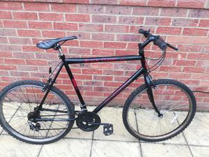 dd1ceed3cc4 Black rock 18 speed mountain bike large in Peterborough