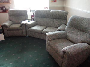 Astonishing Second Hand Sofas For Sale In Caterham Friday Ad Machost Co Dining Chair Design Ideas Machostcouk