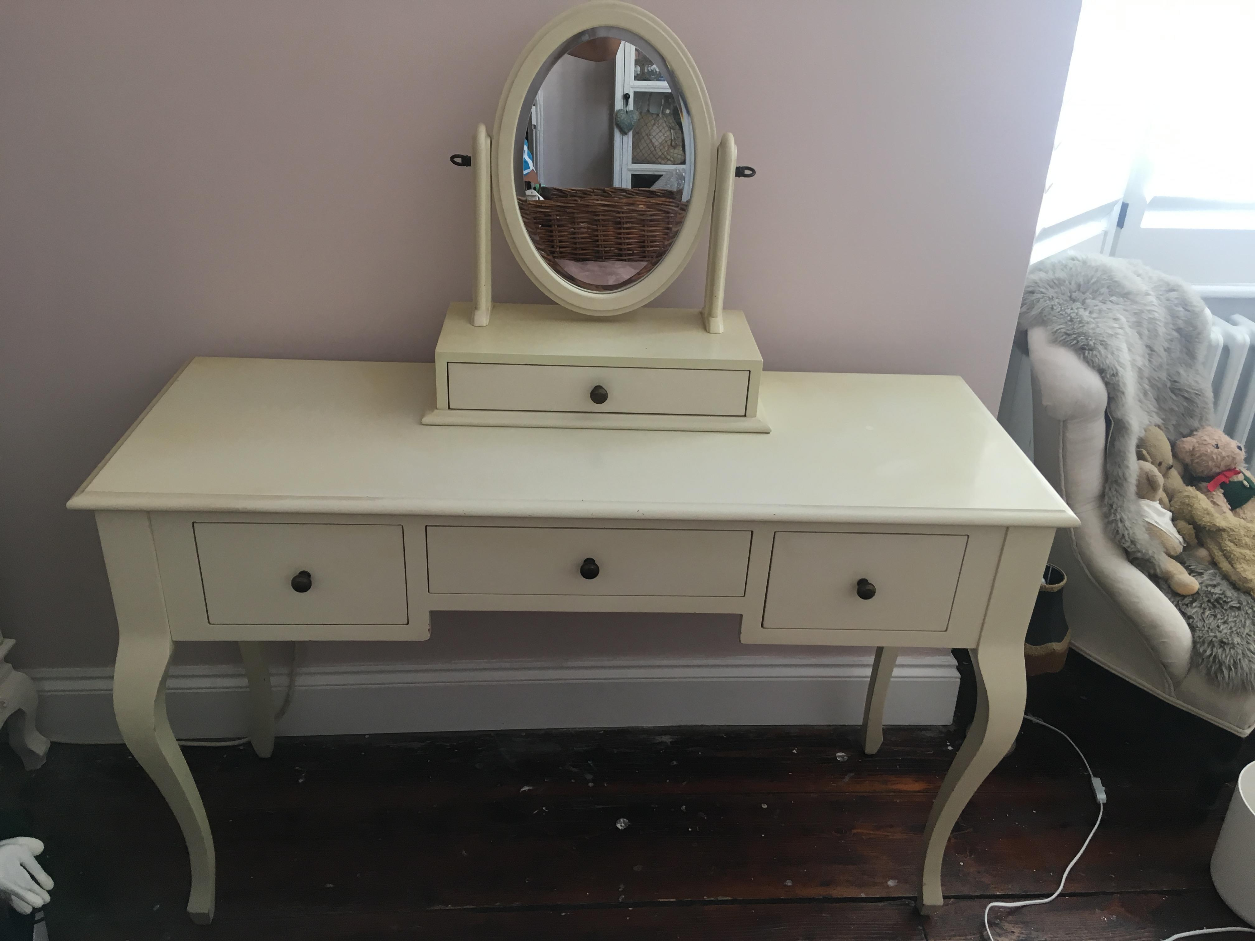 the best attitude 33d9a ca0a3 Laura Ashley Dressing Table Set in Brighton - Expired ...