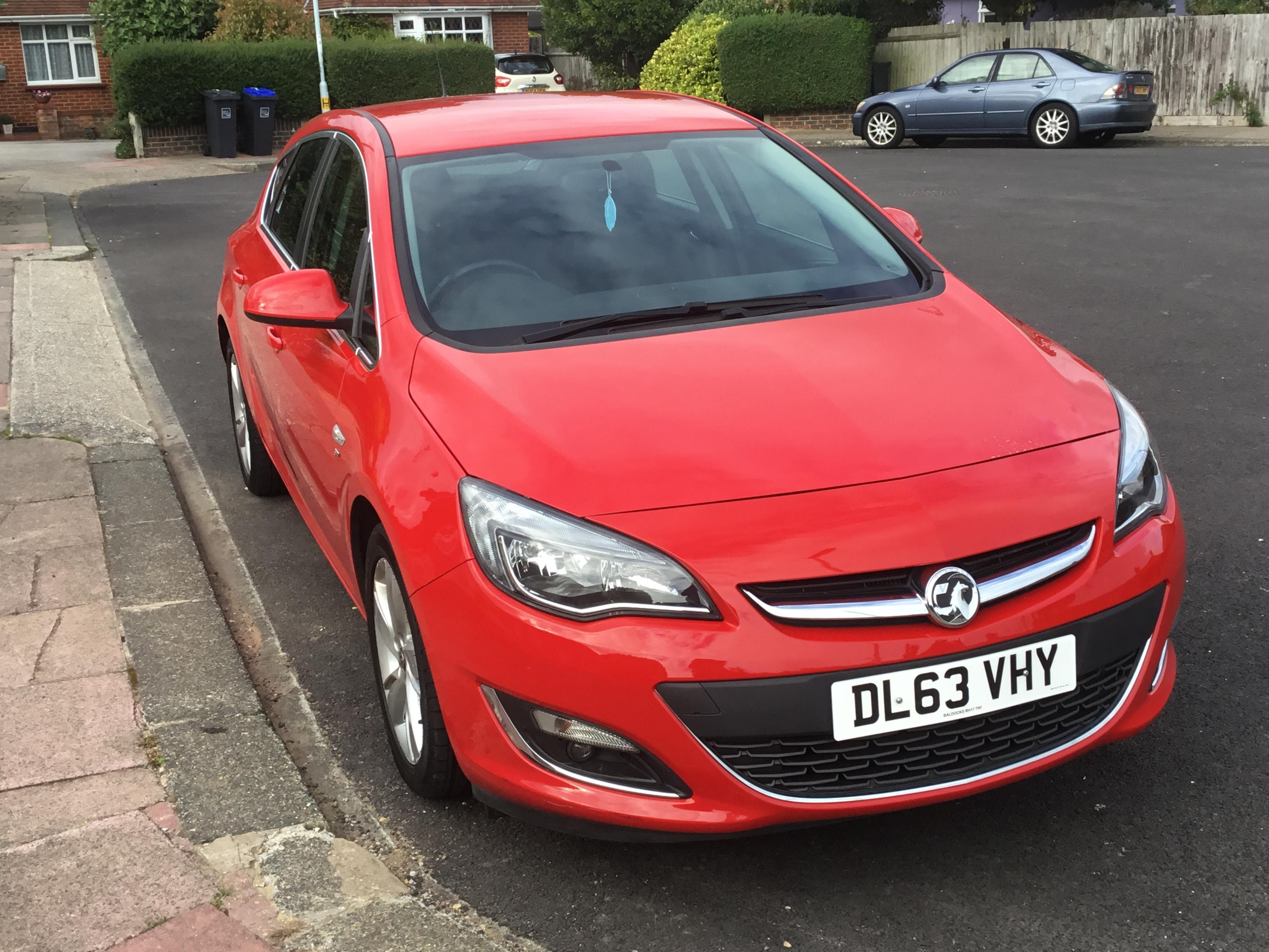 Vauxhall Astra 2014 SRI in Worthing | Friday-Ad