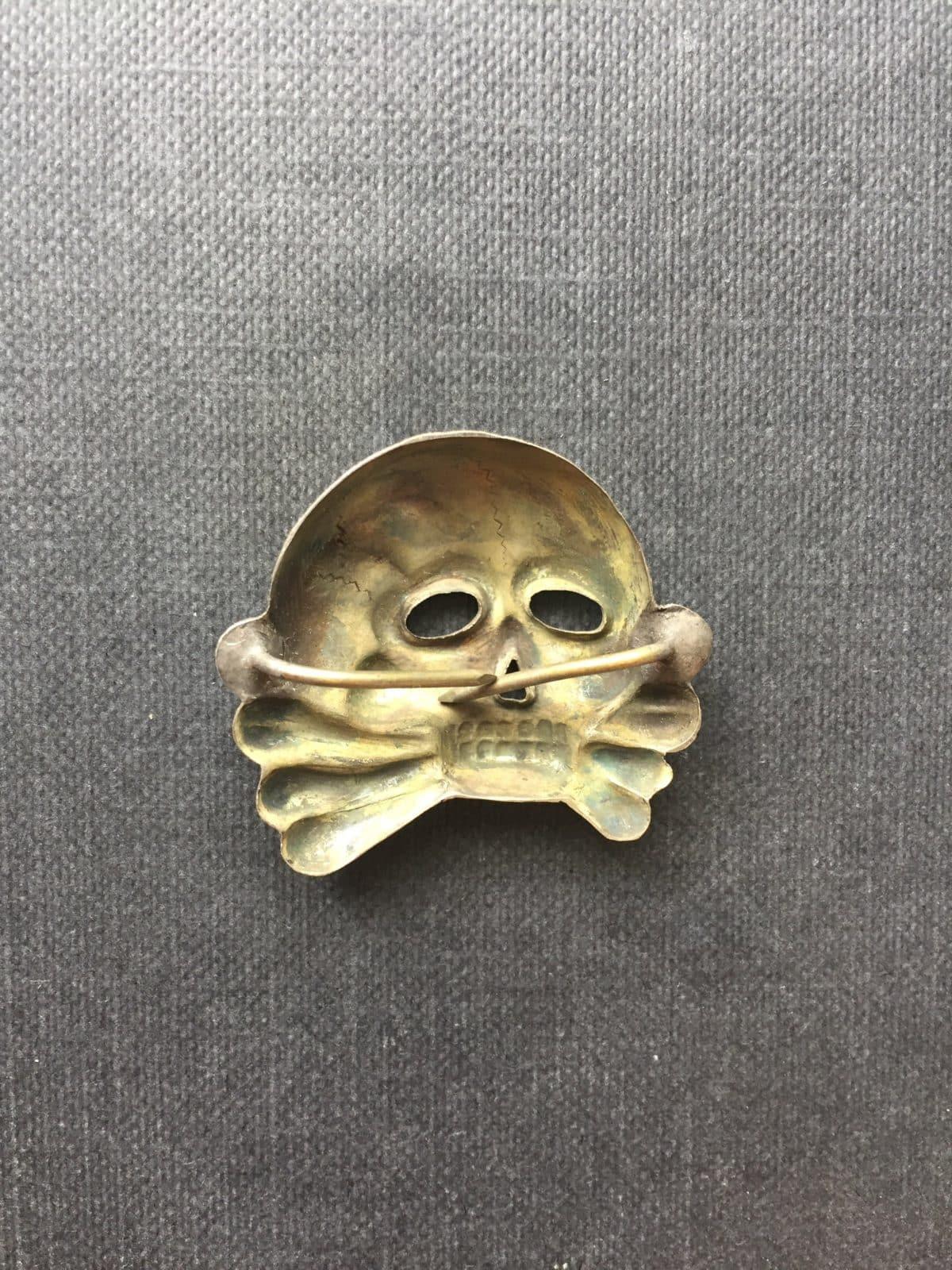 Hoard Find First Pattern SS Cap Skull Badge 100% Original