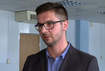 Przemysław Warzecki, specjalista w Departamencie Strategii i Analiz Rynku Telekomunikacyjnego Urzędu Komunikacji Elektronicznej