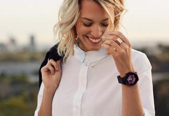 Zegarki z Android Wear współpracują już ze smartfonami iPhone